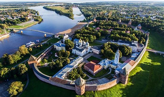 Древнейший (1000 лет) в России бревенчатый мост