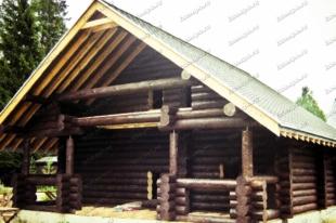Деревянный-дом-9х9-из-бревна