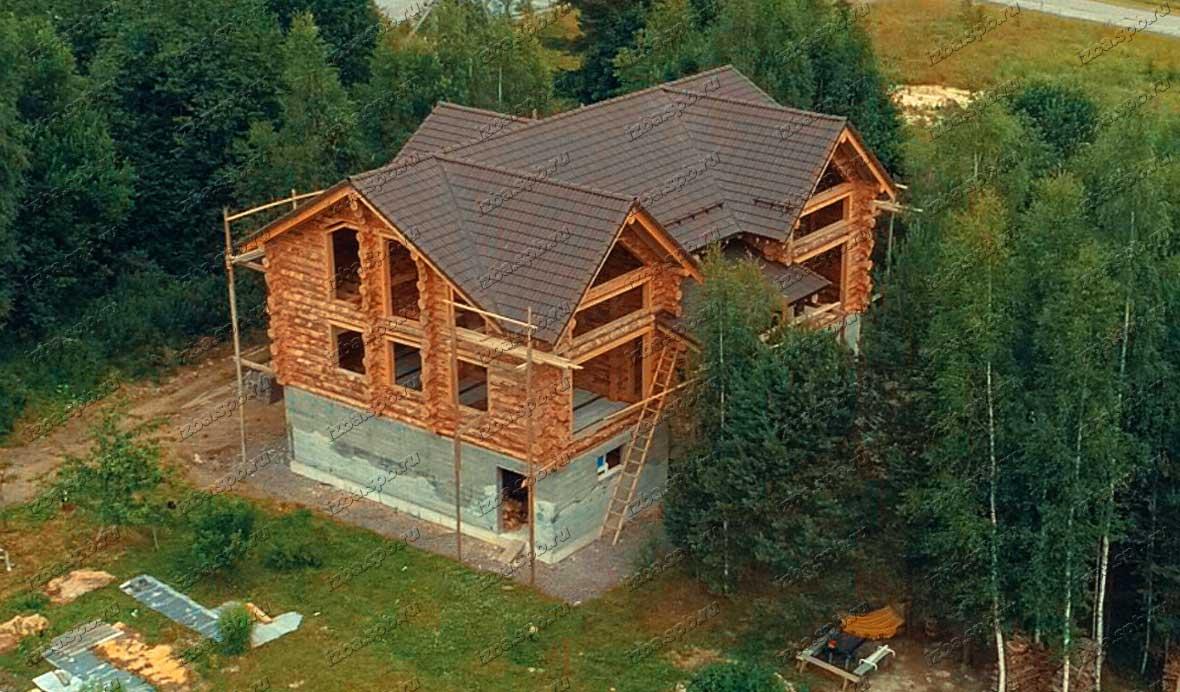 Дом из бревна в п. Сосново