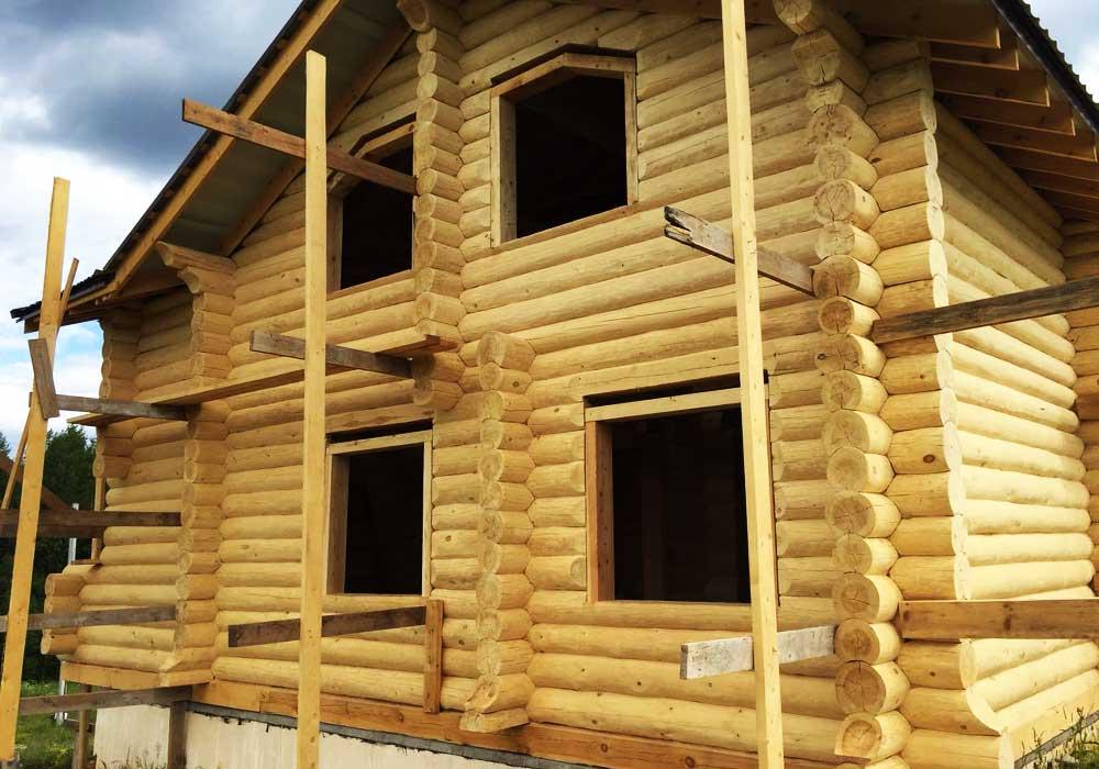 Дом из сруба сосны