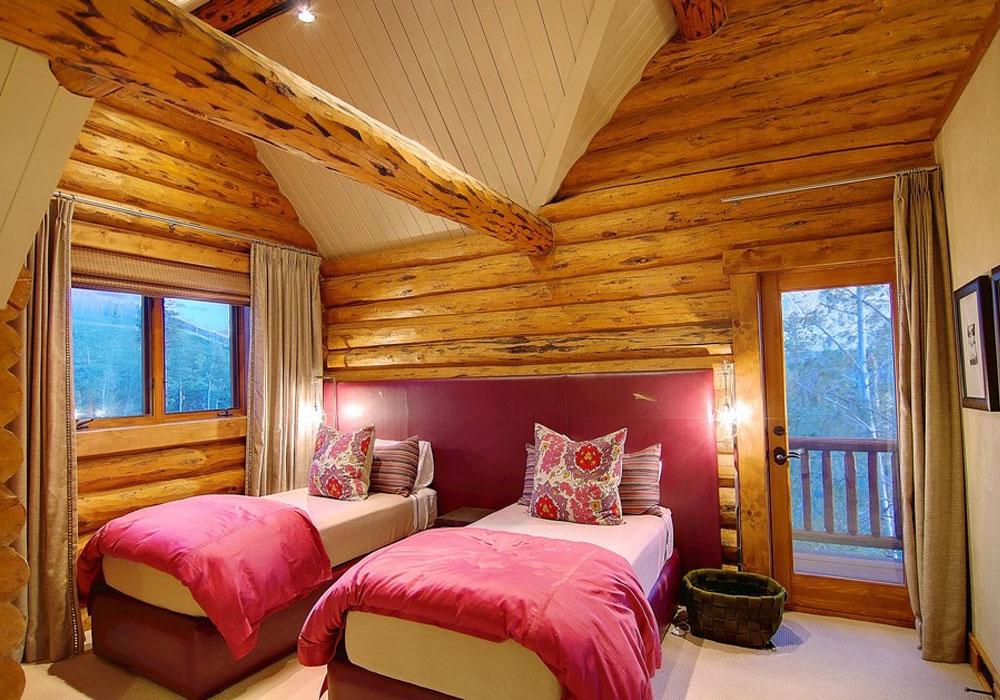 освещение спальни в деревянном доме