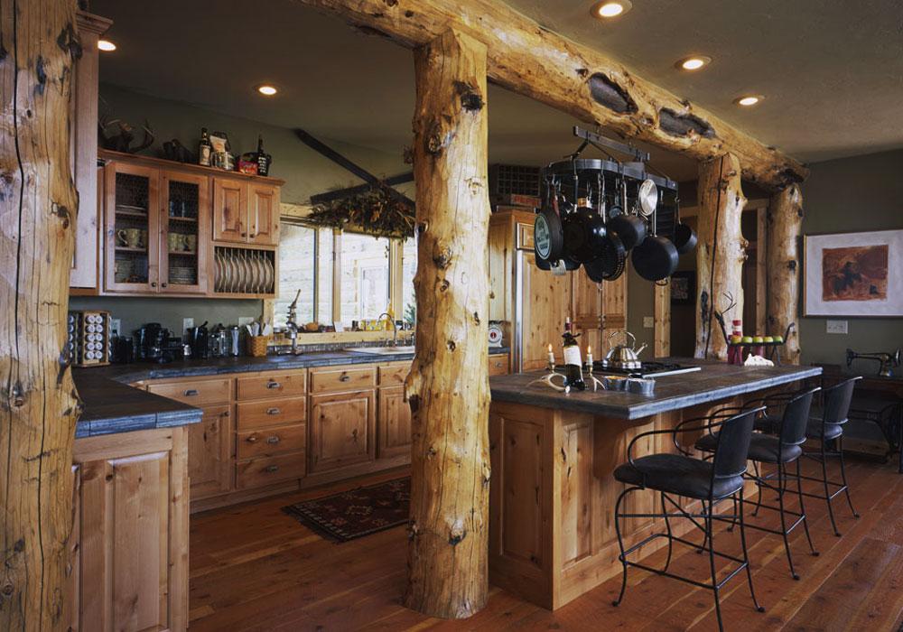 Кухня в рубленом доме